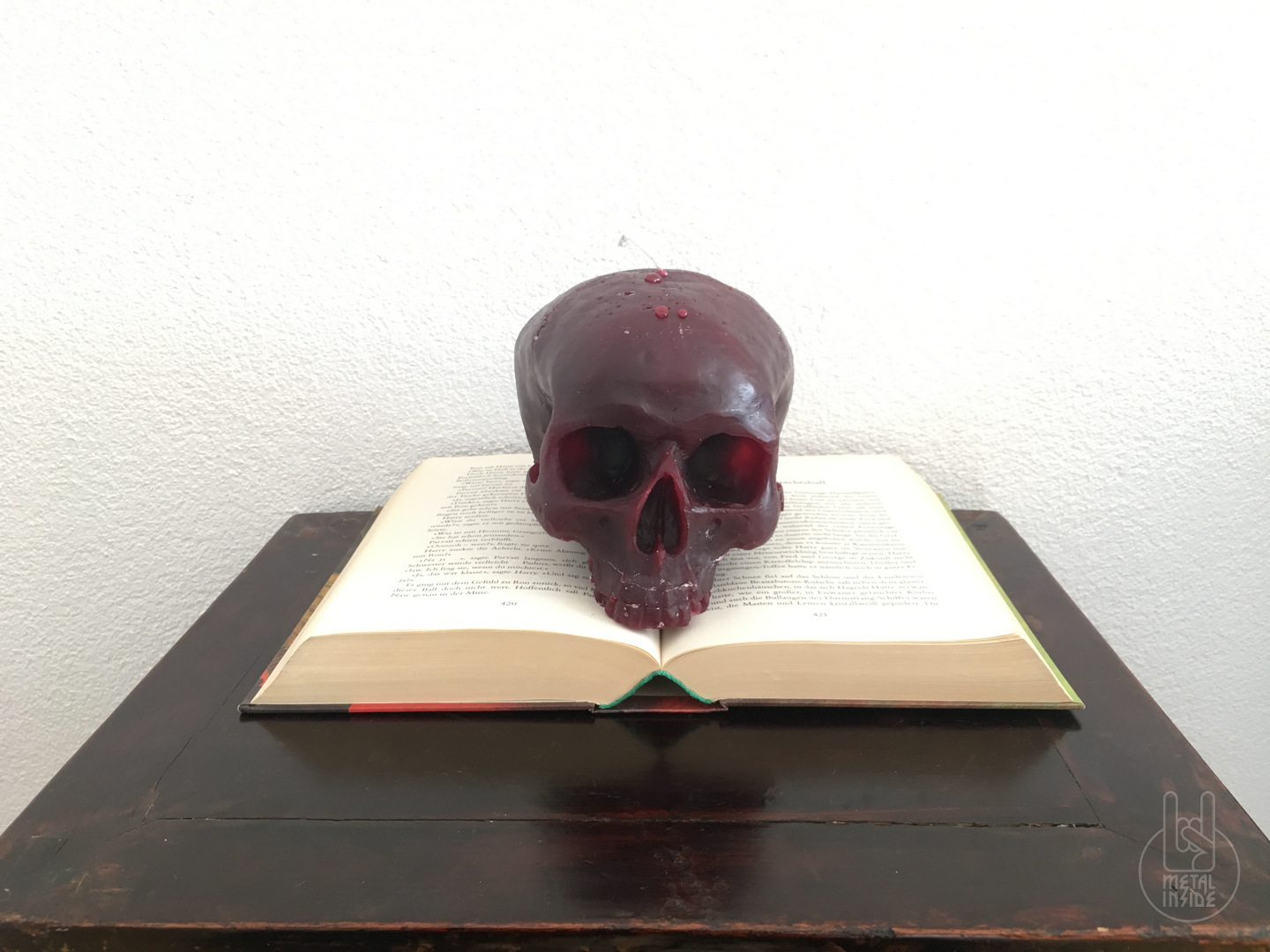 Metalinside.ch - Shop - Skull Candles 1